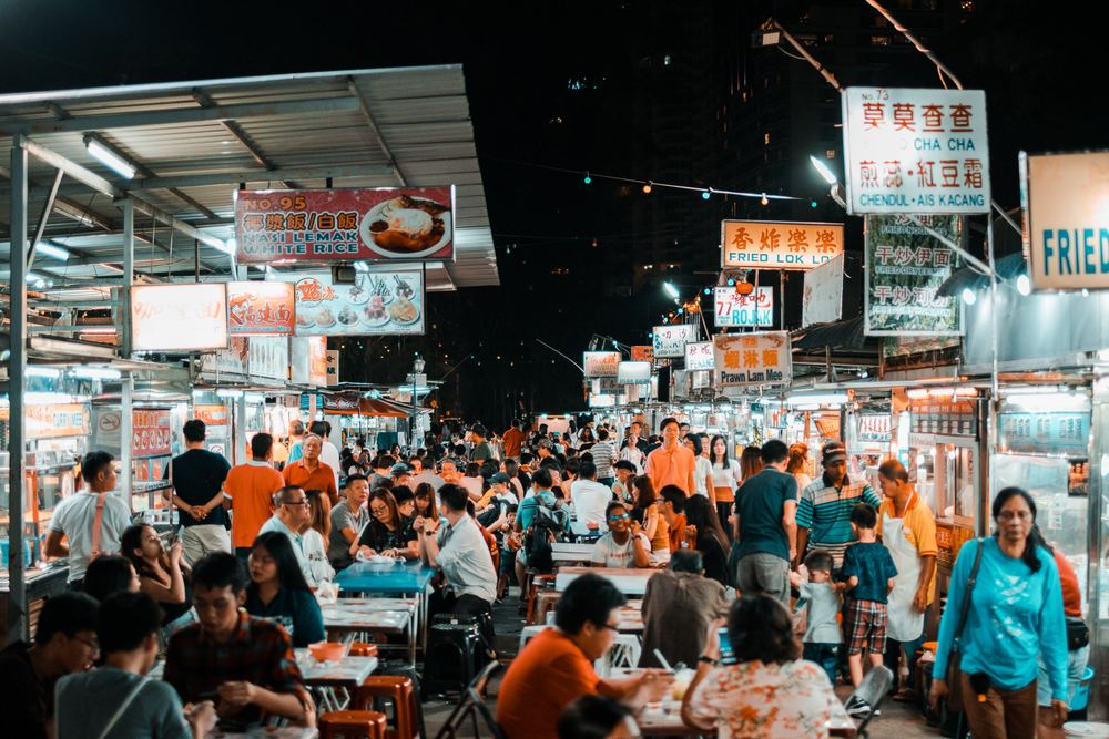 Sådan navigerer du sikkert igennem Singapores madmarkeder
